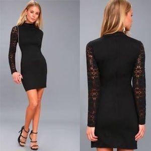Lulus black lace long sleeves bodycon mini dress L